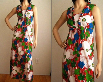 Vintage 1970's Bright Floral Hawaiian Maxi Dress - Size Medium