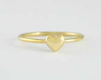 Solid 14K Gold Heart Ring 3D