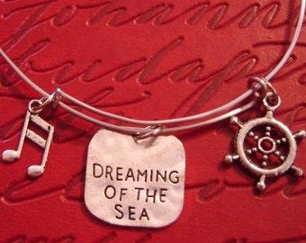 Adjustable bangle bracelet - music cruise