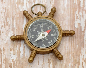 1 pc Nautical Compass Sailor Wheel Helm Ship Steer Pirate w/ nautical etching on back REALLY WORKs Vintage Nautical Antique Bronze  (BA041)