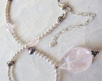 Rose Quartz Silver and Grey Pearl Pendant Necklace