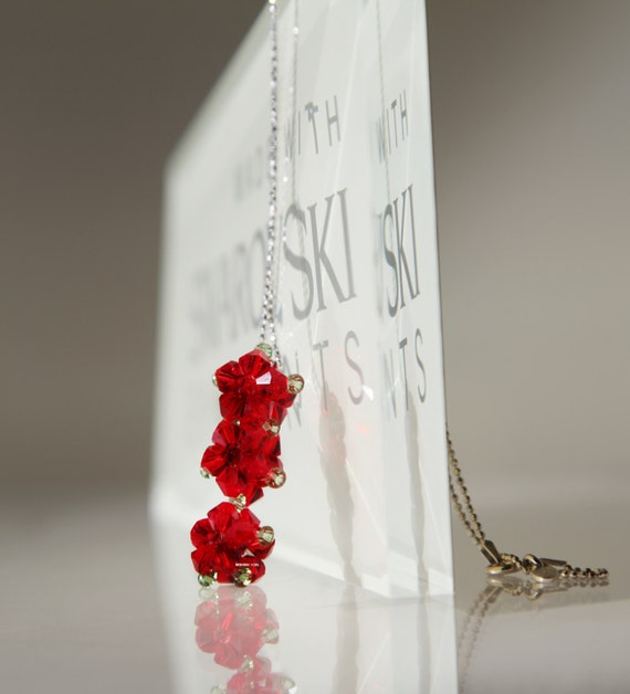 CRYSTAL BEADED BEAD necklace - 3 beaded flower - light siam red - Valentine's gift