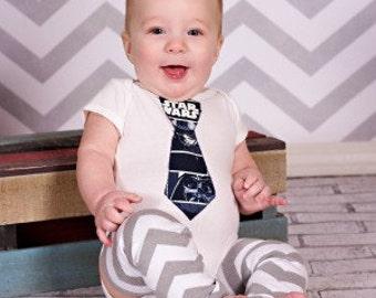 Star Wars inspired bodysuit, Baby Boy Coming Home Bodysuit, Baby Geekery, Baby Star Wars Bodysuit, baby coming home, Star Wars Birthday