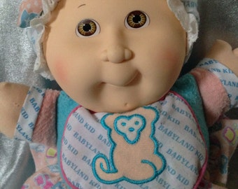 Vintage Cabbage Patch Kid brown/sand rattle Babyland
