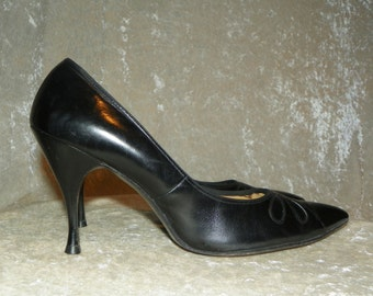 Shoes Black Risque Stilettos Leather 1950's Reptile Cut Out Design Top High Heels Size 9-1/2 AAAA