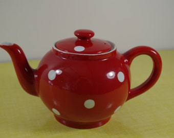 Vintage red and white dotted Porcelain Teapot 50's
