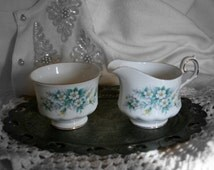 Queen Anne Bone China Cream and Sugar Set, Vintage Queen Anne China Set.