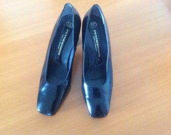 Vintage German Peter Kaiser woman shoes black Size 7