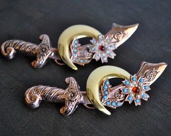 VINTAGE  SCIMITAR  CORO srerling silver duet brooch