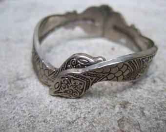 Silver Metal Interlocked Serpent Bracelet c 1970