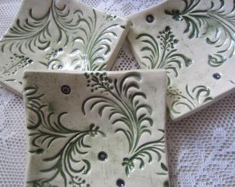 Three Green Leaves Ceramic Dishes