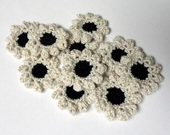 Flower appliques #F011 decorations embellishments crochet 10 pieces 35 mm diameter weddings birthdays anniversaries celebrations