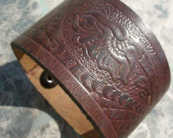 Recycled Brown Embossed Distressed Leather Bracelet with Snap BRN-165-1