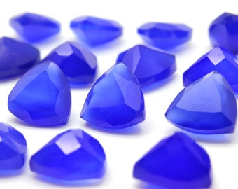 GCF-1191 - Blue Onyx Gemstone - Trliion 10x10x10mm - Calibrated Gemstones - AA Quality - 1 Pc