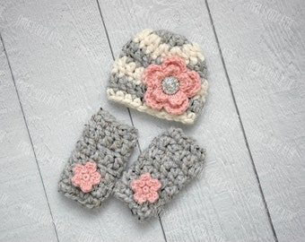 Newborn girl hat and leg warmers set, baby girl hat, crochet leg warmers, baby girl clothes, baby girl coming home outfit, infant girl