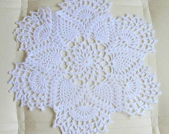 "WHITE CROCHET DOILY Round 25 cm / 10"". Crocheted Doily."