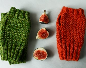 Hand knit fingerless gloves, green alpaca wrist warmers