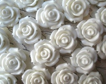 White Rose Cabochons, 6pcs 20mm White Cabochon Flower, Resin Rose, Perfect for Hair Accessories, Necklaces