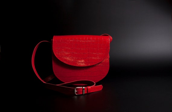 Timeless, elegant, leather bags in all colours and Embossings