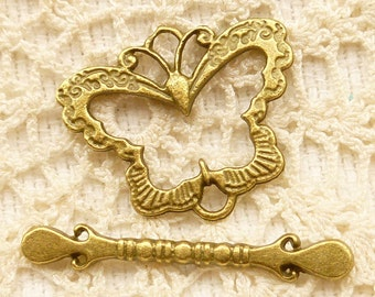 Butterlfy Toggle Clasp Closure, Antique Bronze (4 sets) - BF44