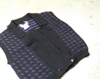 vintage 80s wool cropped sweater vest with cute jeweltone pattern. retro clothing.