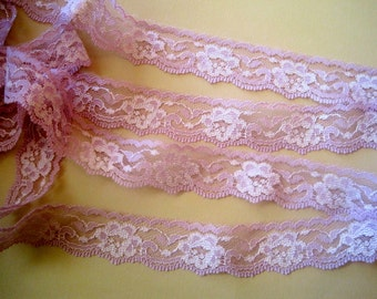 """Romantic Rosy Lace Trim,  Lilac / Ivory, 1"""" inch wide, 1 yard, For Dolls, Scrapbook, Mixed Media, Home Decor, Apparel, Crafted Gifts"""