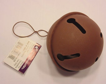 1  large rustic country jingle bell, 60 mm (HR8)