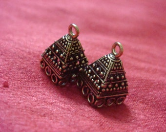 Bronze plated  small jhumkas or Indian hanging earring bases x 2, 10mm, free combined shipping