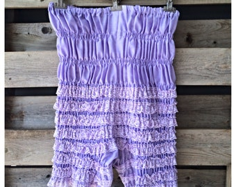 SALE Vintage purple ruffle lace pettipants /  vintage bloomers / pin up lingerie / vintage lilac knickers / vintage lingerie  / size small