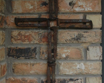 Railroad spike cross with square center