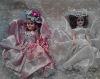 Vintage Dolls Bride and Bridesmaid  ECS