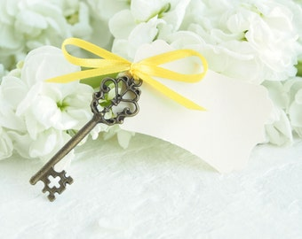 Yellow Wedding Escort Cards, Skeleton Key Place Seating Plan, Vintage Inspired Table Decorations, Spring, Summer Bright Favor Paper Goods 10