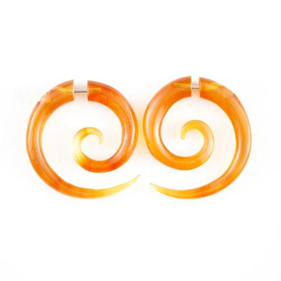 Fake Gauge Earrings - Rare Caramel Spiral Earrings - Fake Piercing - Amber Spirals Earrings - Tribal handmade earrings -Horn Faux Piercing