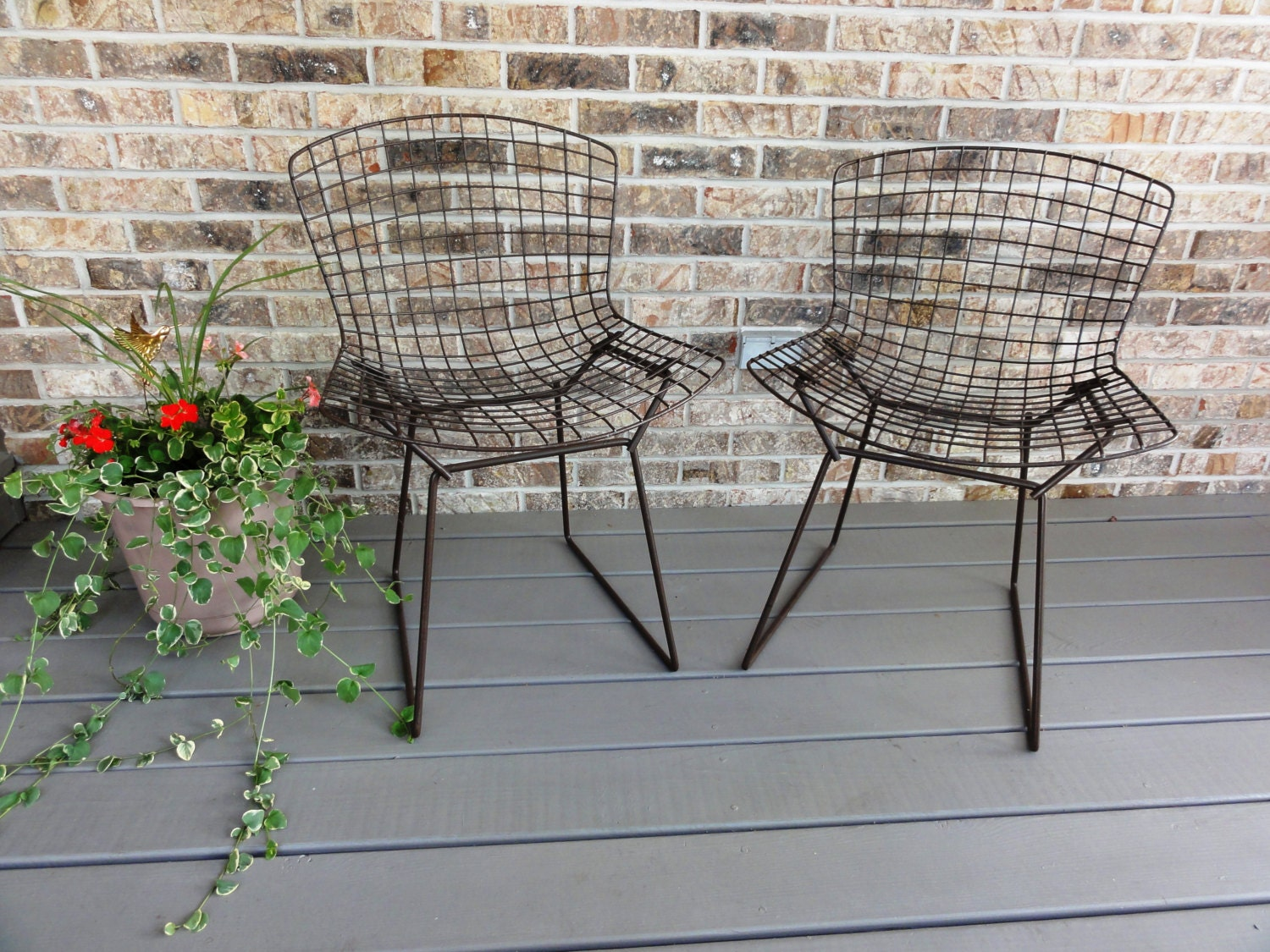 Bertoia diamond chair vintage - Pair Of Vintage Bertoia Side Chairs Knoll Painted Mesh Wire Mid Century Modern Furniture 595