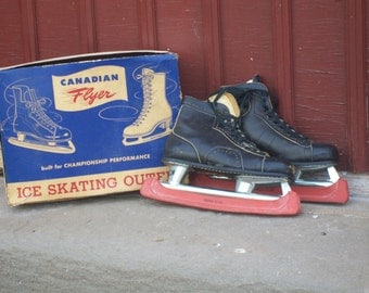 Vintage Black Canadian Flyer Ice Skates with Original Box and Blade Guards B559