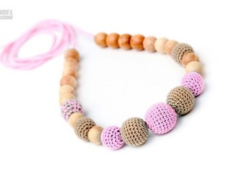 Beige & Pink nursing necklace - teething necklace - breastfeeding necklace - babywearring necklace