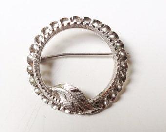 Sterling Silver Pin, Sterling Brooch, Vintage Brooch, Vintage Sterling, Circle Pin, Sterling Circle Brooch, Vintage leaf  Pin, Free Shipping