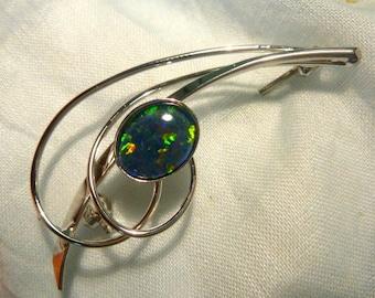 Opal Brooch Sterling Silver Rhodium Plate 1 X 10x8mm Triplet. Item 60734.