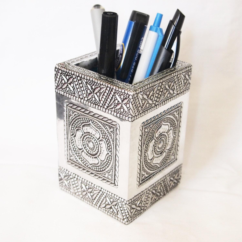 Square Pencil Holder Aluminium Crafted Design Pen Holder