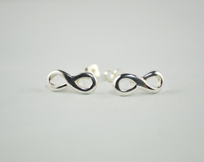 Silver infinity earrings, stud infinity earrings, handmade infinity earrings, silver jewelry, silver earrings