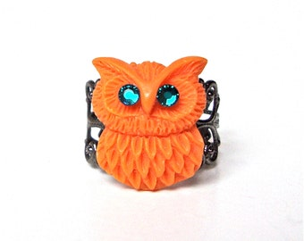 Orange owl ring with blue crystal eyes, filigree ring, funky owl ring, retro inspired owl ring, owl jewelry, adjustable ring