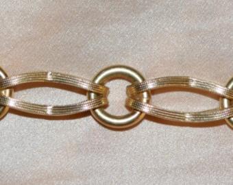 Estate 18k Solid Gold Bracelet/Charm Bracelet! 23.4g of Solid 18k Gold