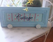 Cottage  Chic Wall Hanger with Decorative Knobs
