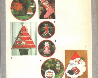 Simplicity 8721 vintage christmas ornament pattern uncut