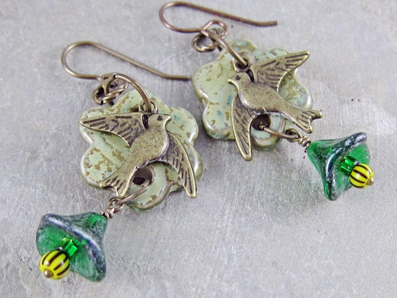 Handmade Summer flower earrings by Linda Landig