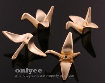 2pcs-25mmX11mmMatt Gold plated Brass 3D folded paper crane bird origami Charms,pendants(K604G)
