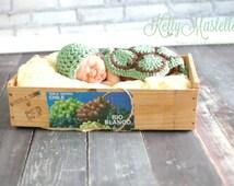Little Turtle Cuddle Cape Set - Crochet Turtle - Turtle Photography set