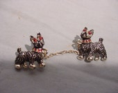 Adorable Mid-Century Scatter Pins 2 Dogs with Chain Scotties
