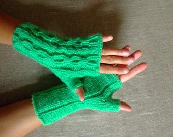 Green womens fingerless hand warmers