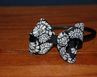 Black and White Floral Bow Headband / Toddler Headband / Bow Headband / Satin Wrapped Headband / Adult Headband